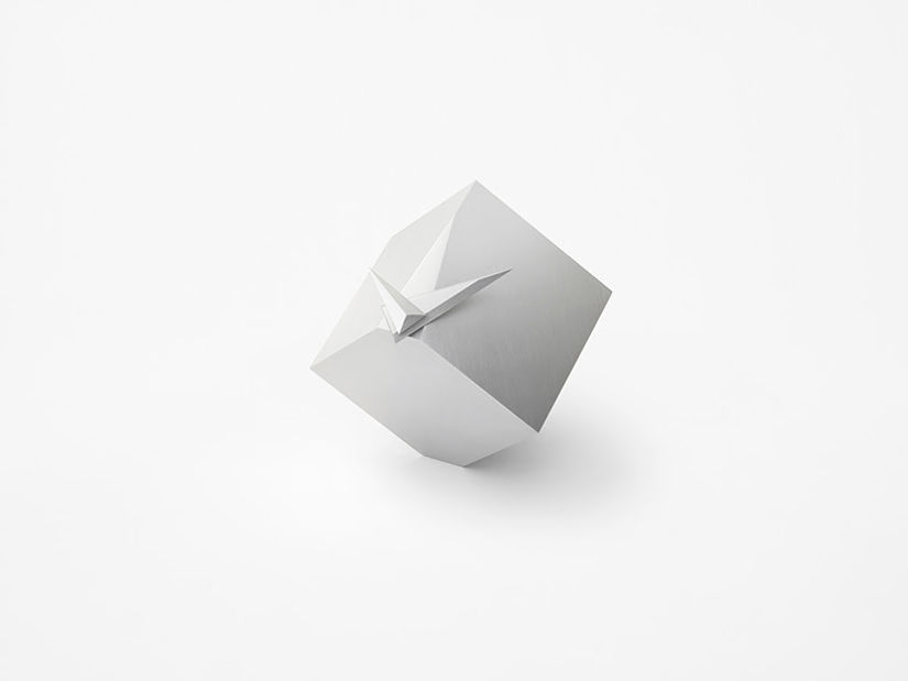 The Cubic Clock by nendo: A clock that reveals it's true form only twice in a day