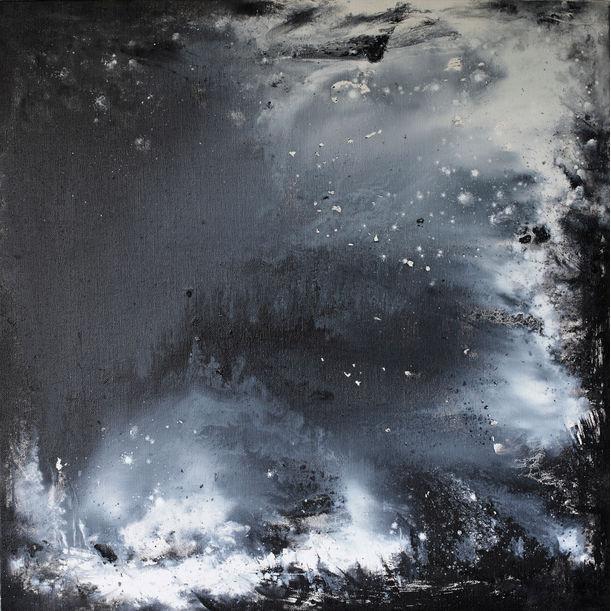 Night walks  2 by Xinnong Wang
