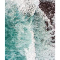 Waves Don't Die 8 by Kamarul