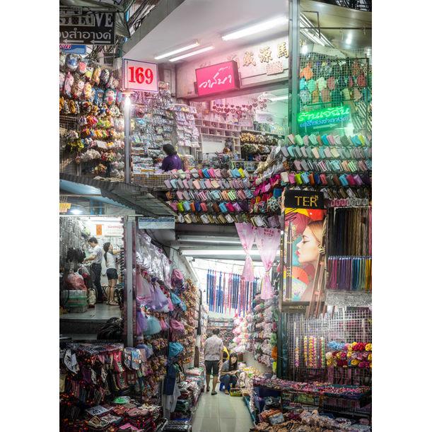Sampeng Market by Theerapat Pawaprom