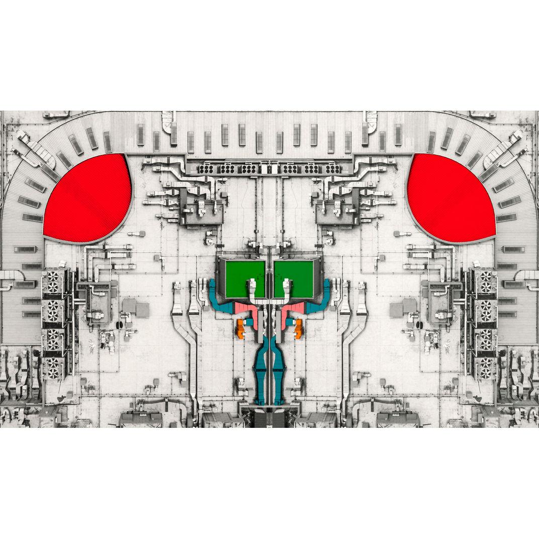Mechanical organs by Zhou Chengzhou