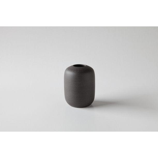 vase 300 No.10 by Nozomi Fujii