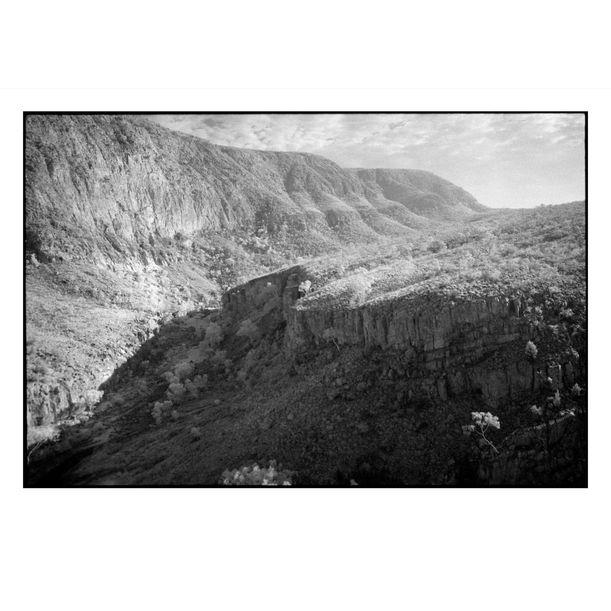 Ormiston Gorge by Damian Seagar