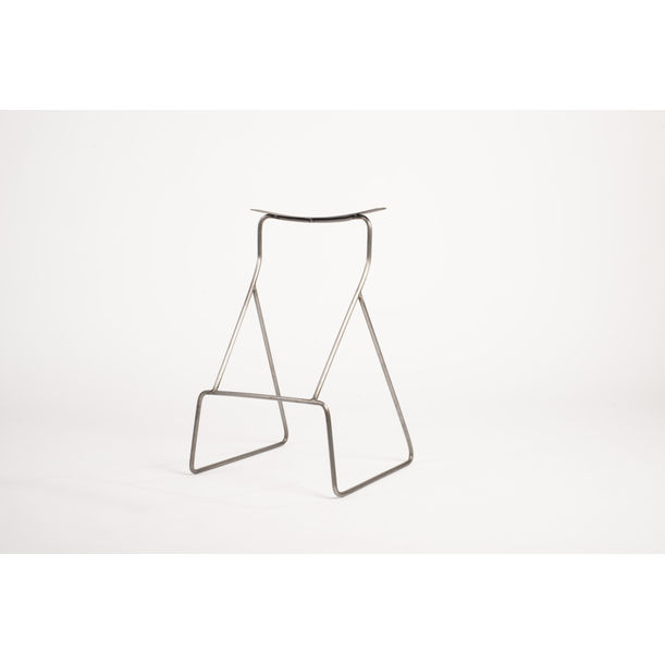 2 lines stool by Neil Nenner