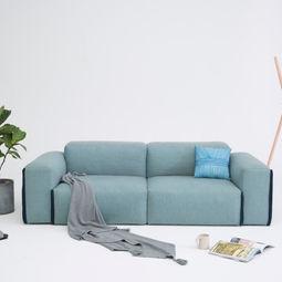 Fatty sofa by Alex Chai