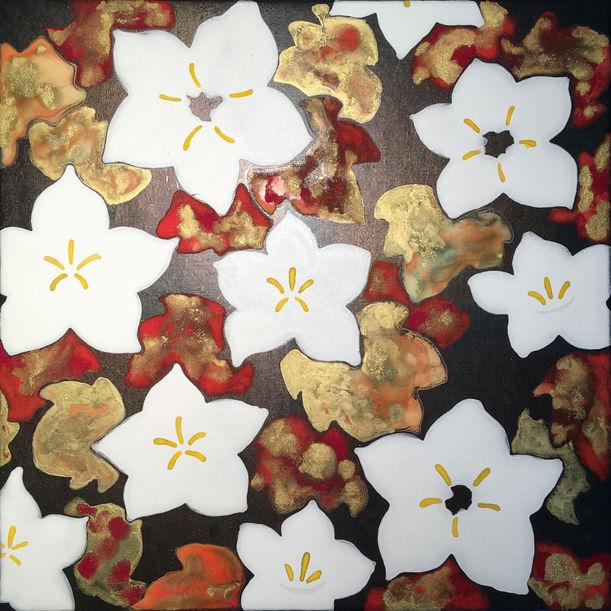 Balloon flower (White) by Hisahiro Fukasawa