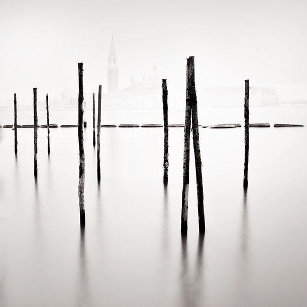 Vertical Horizon by Alexandre Manuel