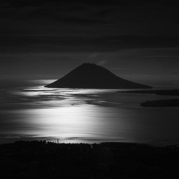Manado Tua Island by Hengki Koentjoro