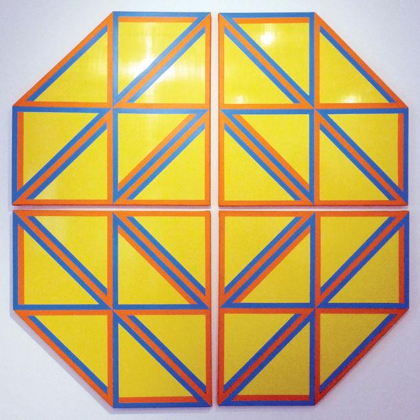 Yellow Triangle01 by Tadasuke Jinno