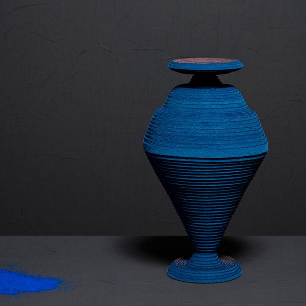 Blue Alchemy - Vase nr. 3 by Siba Sahabi