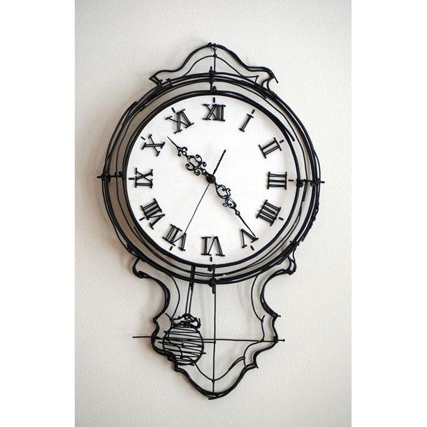 Pendulum clock by Song JinSu