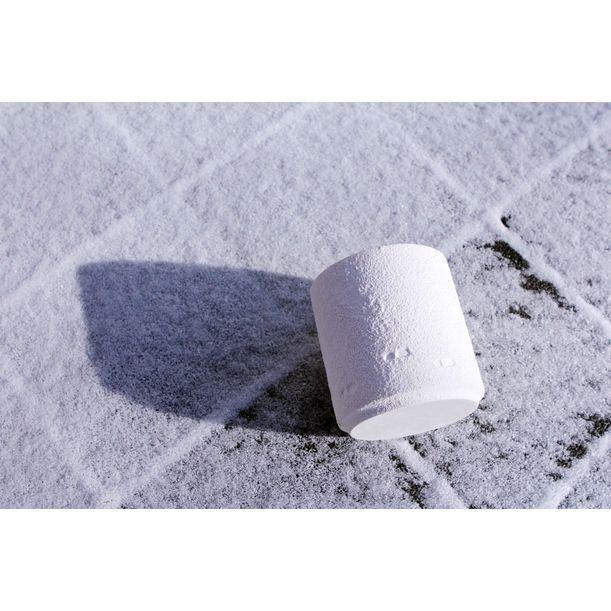 SNOW WALTZ candle holder by NAM ceramic works