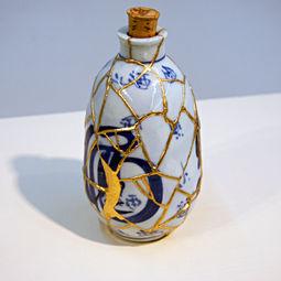 """KIME"" mass-produced Chainese SAKE bottle by Kairo Kusamoto"