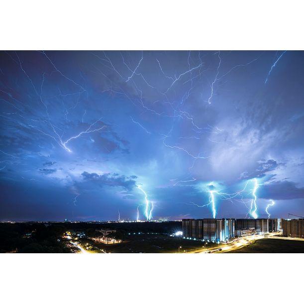 Electrical Storm, Sembawang, Singapore, 220516 by Darren Soh