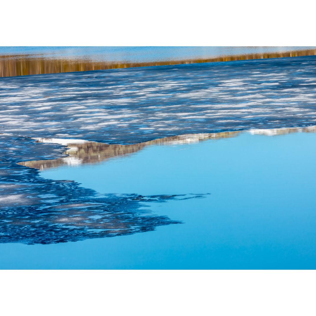 Kvitåvatn lake during the spring melt by Romulo TIJERO