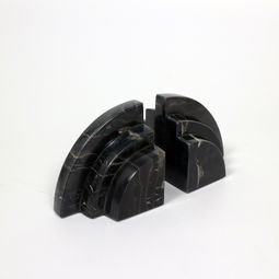 Hill bookend (Black Lava) by Fabuless