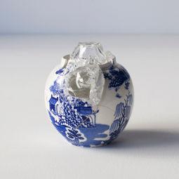 Glass wearing ceramic vase #3 by Norihiko Terayama