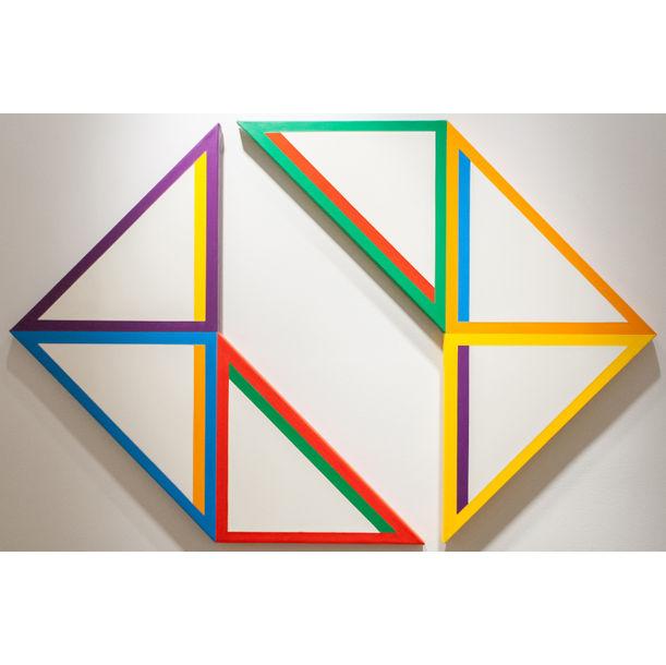 White Triangle by Tadasuke Jinno