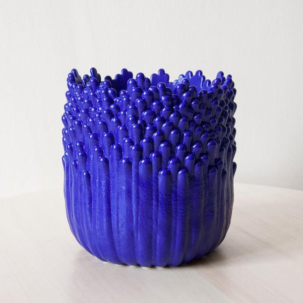 Blooming floral ascending flowerpot M - electric blue by Cecile Bichon