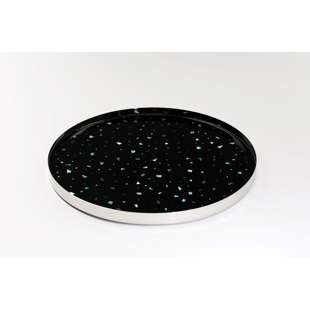 Nacre tray by Fict Studio