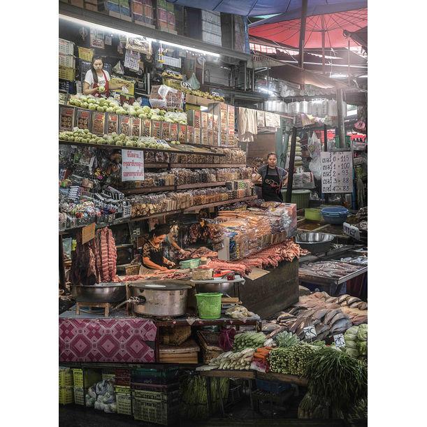 Klongtoey Market by Theerapat Pawaprom