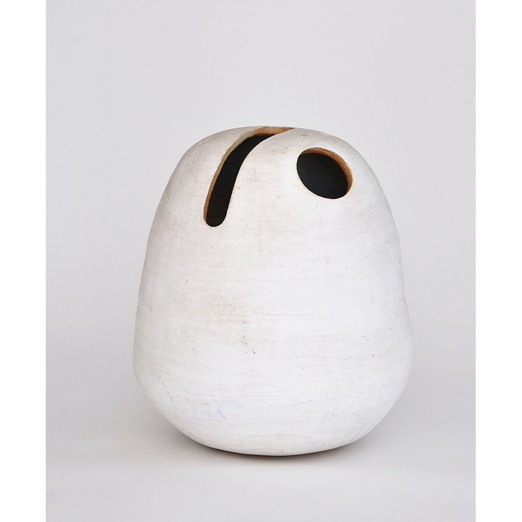 tall space pot by Tracy Wilkinson