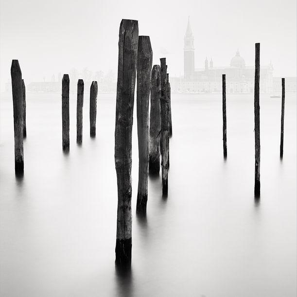 Vertical Horizon #2 by Alexandre Manuel