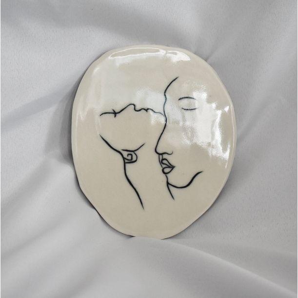 The kiss by Annie Lyle