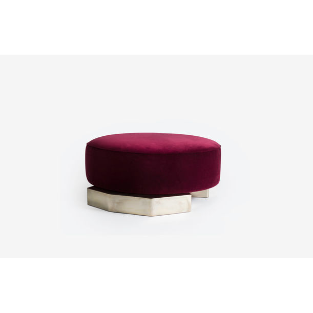 Flat pouf by Privatiselectionem
