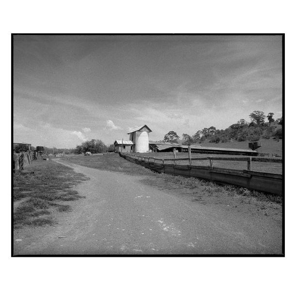Picton Barn by Damian Seagar