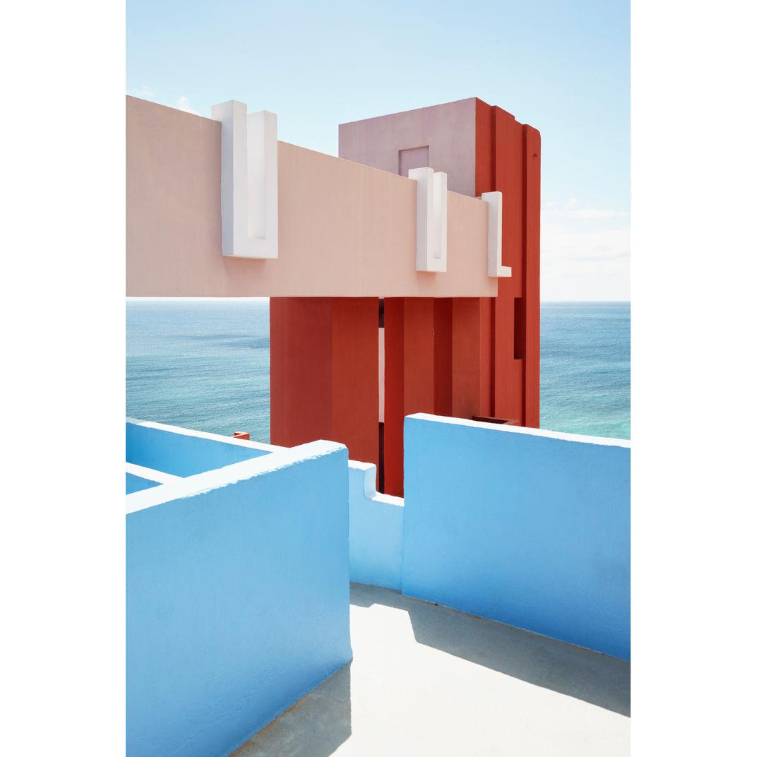La Muralla Roja #4 by Gregori Civera