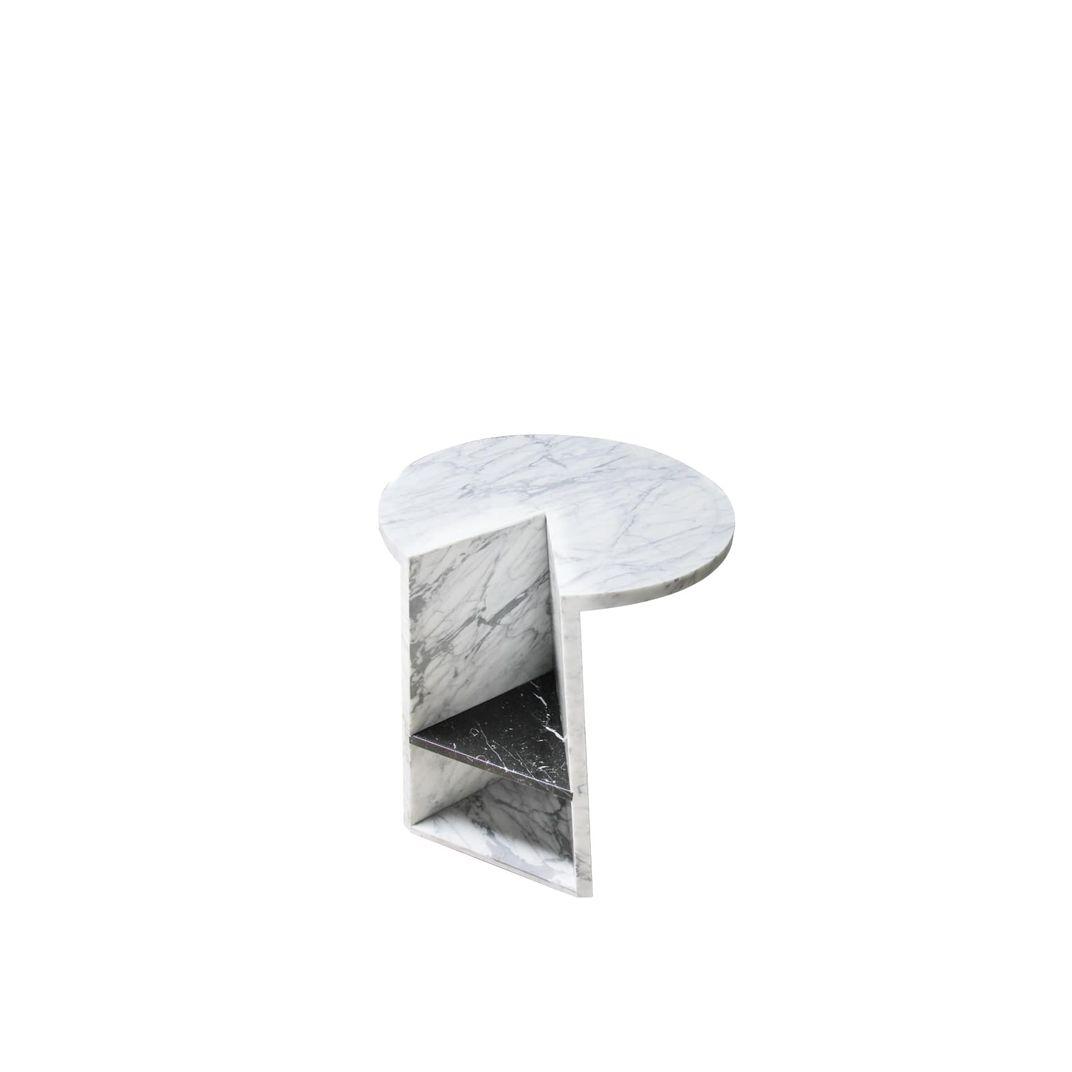 Enkle Table by MM Galleri