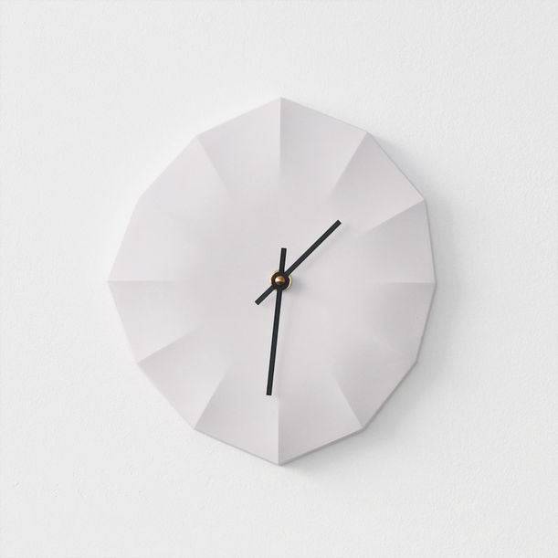 Click Clock L | White with Black Hands by Ayako Aratani