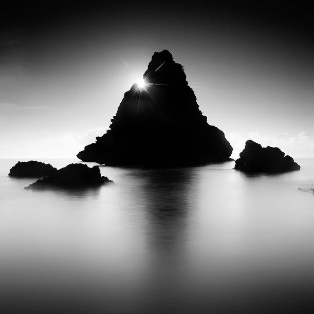 Diuara Rocks by Jasper Resari