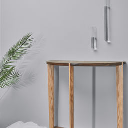 Dovetail Console by Kaichuan Wang