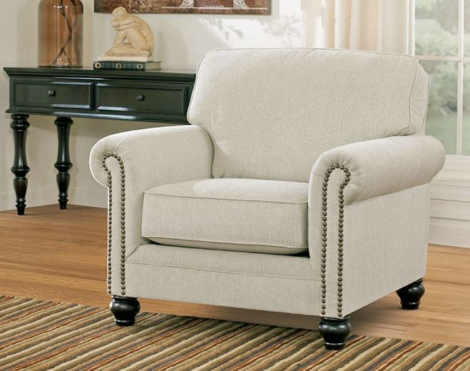 How to Pick Accent Chairs