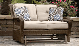 Show products in category Outdoor Loveseats