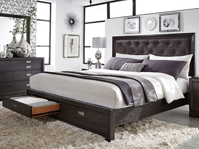 Picture of Front Street Queen Upholstered Bed Set
