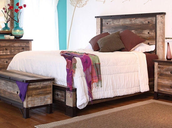 Picture of Antique Full Bed Set
