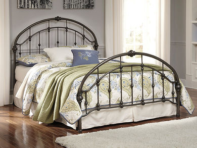 Queen Metal Bed Set