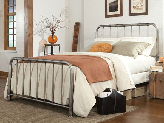 Picture of Tristen Metal Full Metal Bed Set