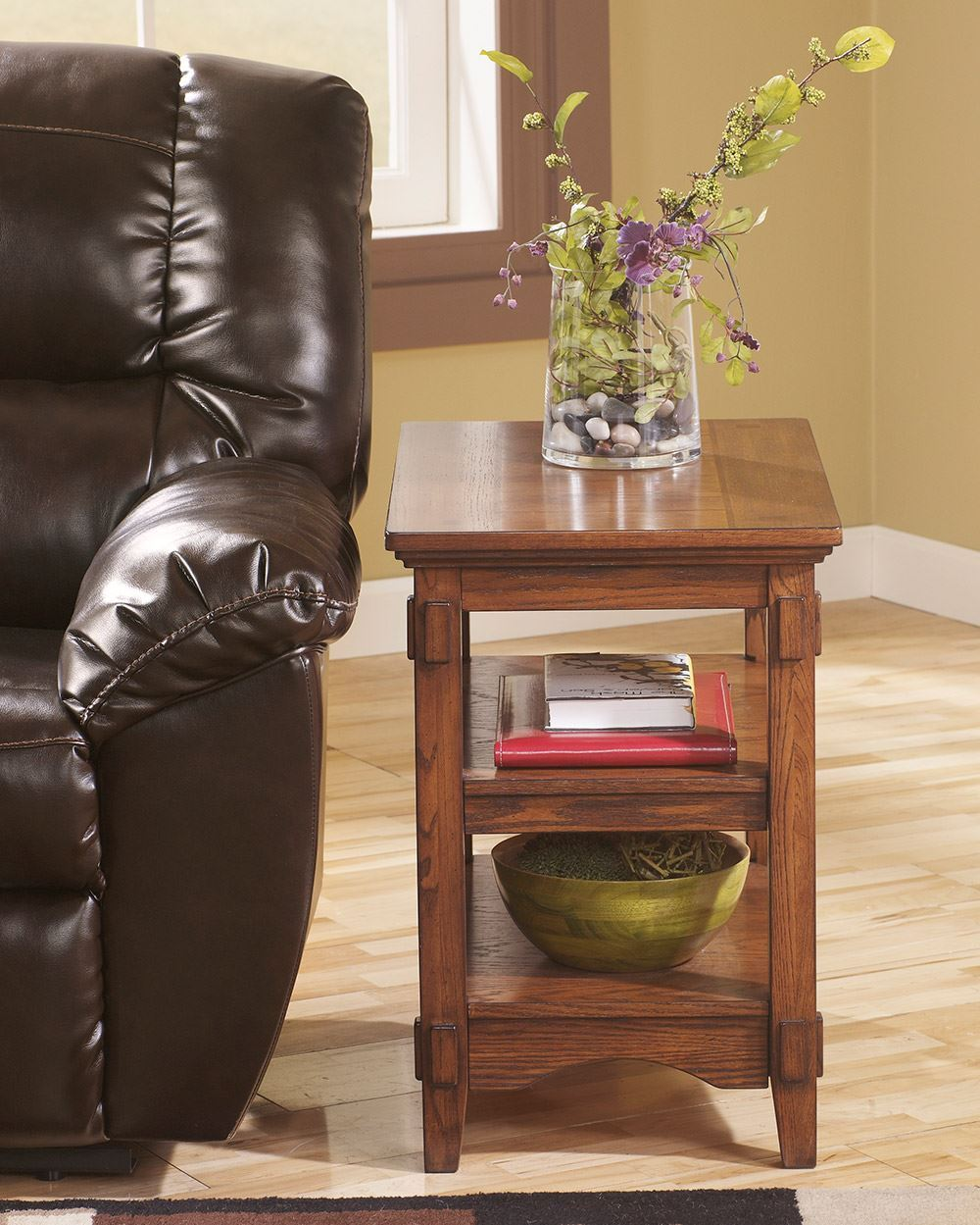 Picture of Cross Island Chairside End Table