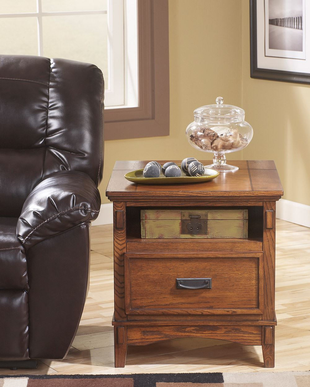 Picture of Cross Island End Table