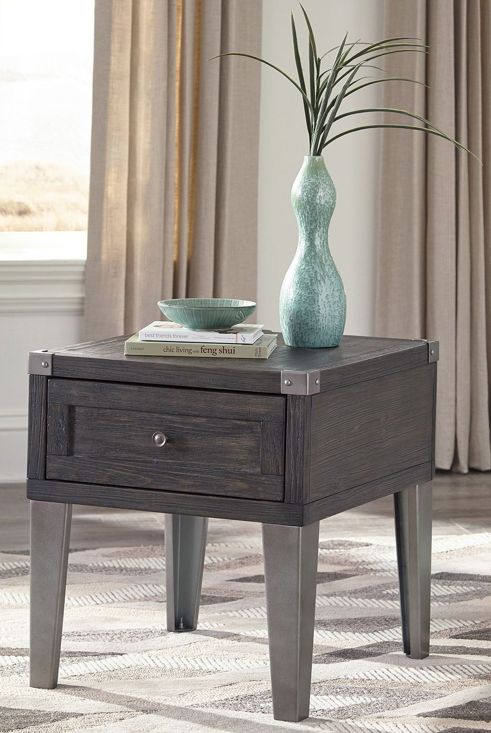 Picture of Todoe Gray End Table