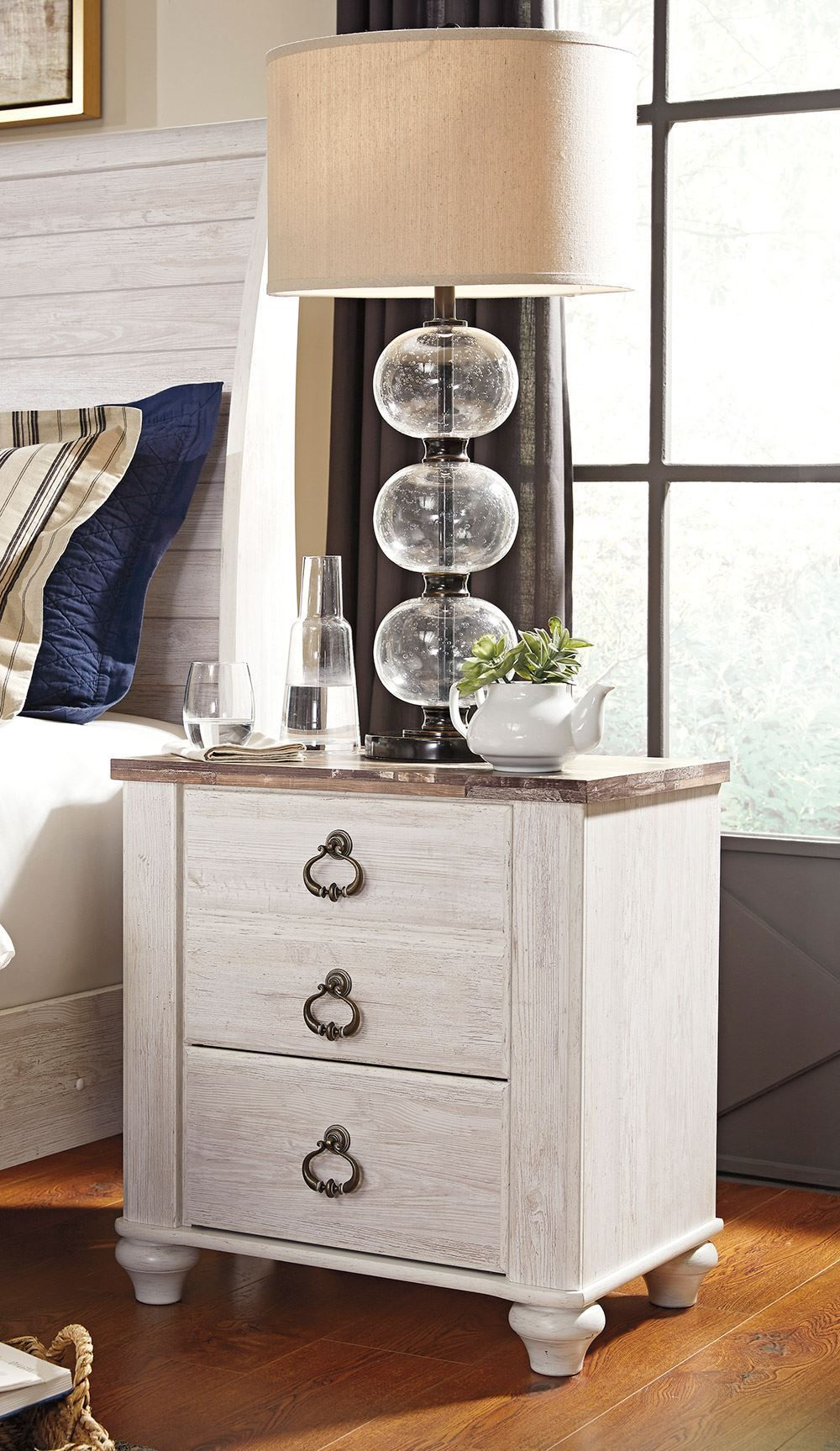 Picture of Willowton Nightstand
