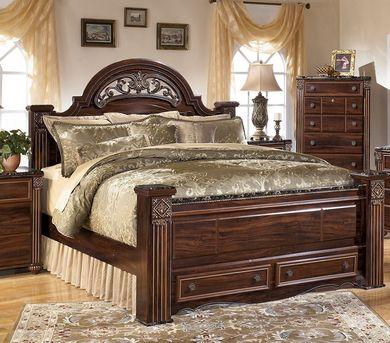 Gabriela King Storage Bed Set