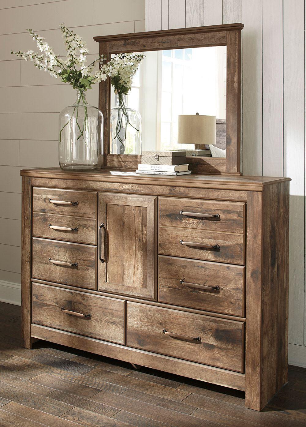 Blaneville Dresser And Mirror Set