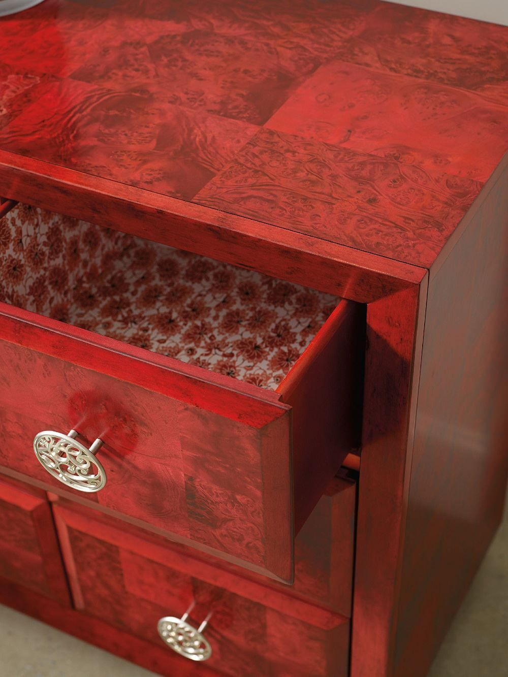 Picture of Poppy Chest