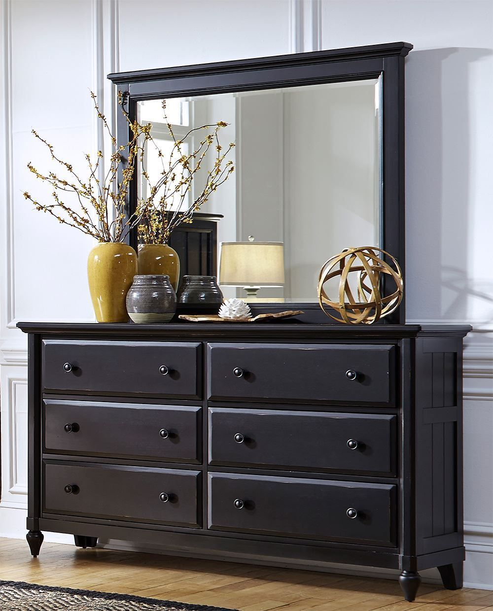 Picture of Lead Dresser and Mirror