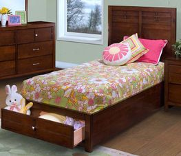 Kenebec Twin Storage Bed Set